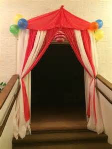Circus Tent Decorations by Best 20 Carnival Decorations Ideas On Circus
