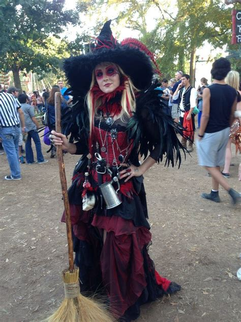 9 Amazing Renaissance Faire Costumes by Image Result For Renaissance Witch Renn Faire
