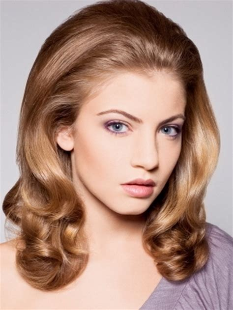 70s feathered hairstyles gallery 70s hairstyles for women