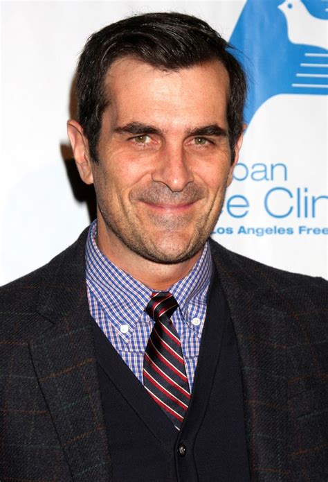 ty burrell filmography ty burrell biography ty burrell s famous quotes sualci