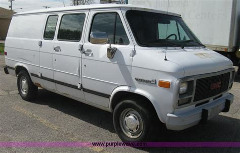 service manuals schematics 1995 gmc vandura g3500 auto manual service manual automobile air conditioning repair 1995 gmc 3500 engine control service