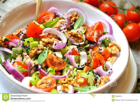 Detox Vegan Diet by Detox Veggie Salad With Tomato Onions And Walnuts