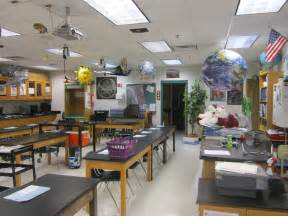 classroom photos of mr dyre s high school science lab