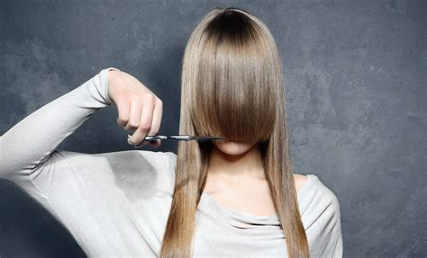 mane addicts cut bangs at home yourself with these tips