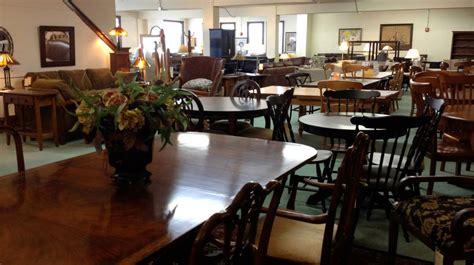 Choosing the Best Furniture Store   Nbaynadamas Furniture ...