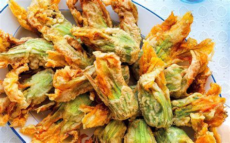 fiori di zucca ripieni al forno con ricotta ricetta fiori di zucca ripieni di ricotta e spinaci la