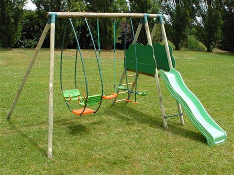 Bien Castorama Salon De Jardin #1: balancoire-de-jardin-1270319096.jpg