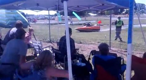 sprint boat fails sprint boat crashes into crowd during race rtm
