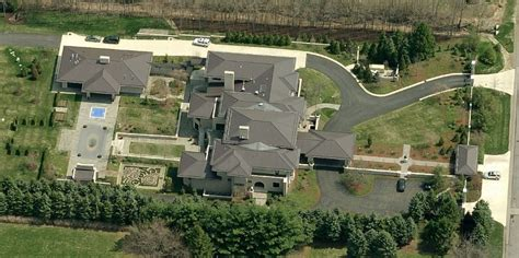 lebron ohio mansion another look billionaire