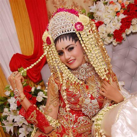 Inspirasi Rona Kebaya Pengantin Soft Cover prosesi pernikahan urang banjar kalimantan selatan banjar wedding banjar wedding