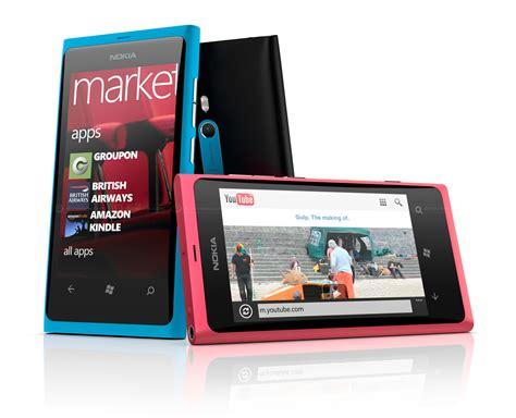 nokia lumia windows phone 7 8 rolling out to overseas nokia lumia 800