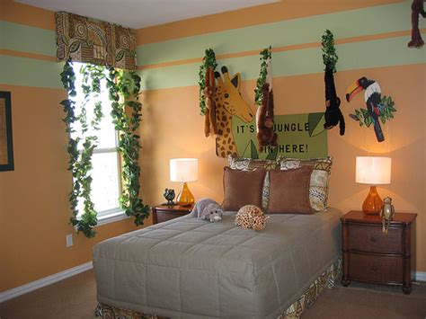 Safari Themed Bedroom Decor by Home Improvement Decorating Remodeling And Home Garden