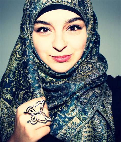 tutorial hijab jenahara nasution 537 best images about scarves and ways to wear them on