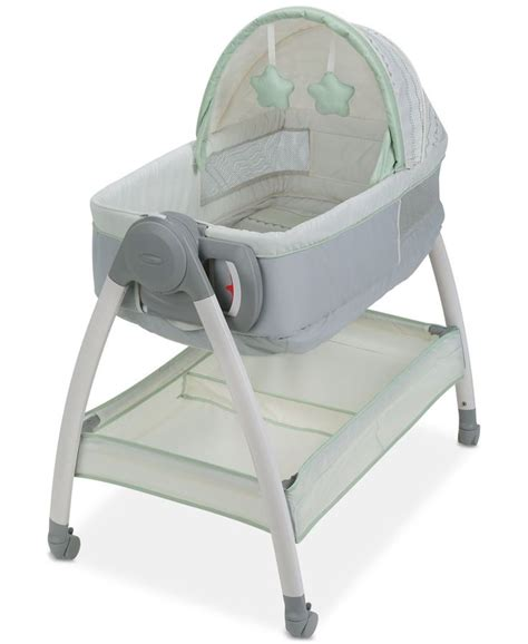Graco Co Sleeper by 1000 Ideas About Bedside Bassinet On Co