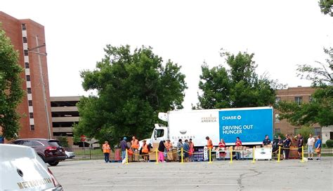 Food Pantries In Indianapolis by Gleaners Food Bank Of Indiana Food Banks 3737