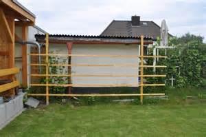 sichtschutz im garten selber bauen sichtschutz im garten selber bauen kunstrasen garten