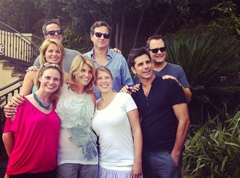 full house reunion full house cast reunites for show s 25th anniversary