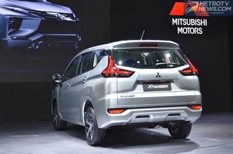 Lu Depan Mobil Mitsubishi Mobil Ini Alasan Mitsubishi Pakai Penggerak Roda Depan Di