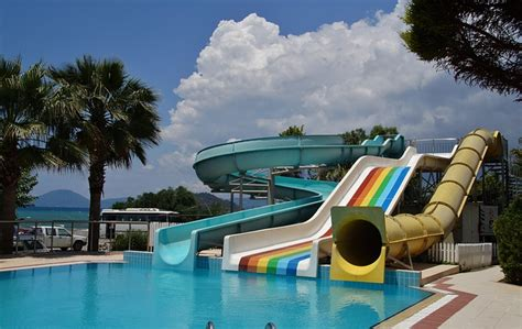 photo water   swimming pool  image
