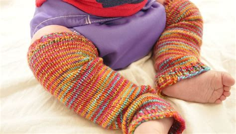 free knitting pattern baby leggings baby frog legs baby legwarmers free knitting pattern