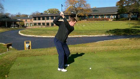 flying right elbow golf swing flying right elbow in my golfswing download tools and