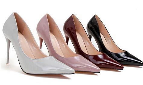 Alas Pengganjal Sepatu Heels Untuk Menaikkan Tinggi Badan cantiknya sepatu wanita untuk wisuda yang harus kalian pakai nanti lihat co id