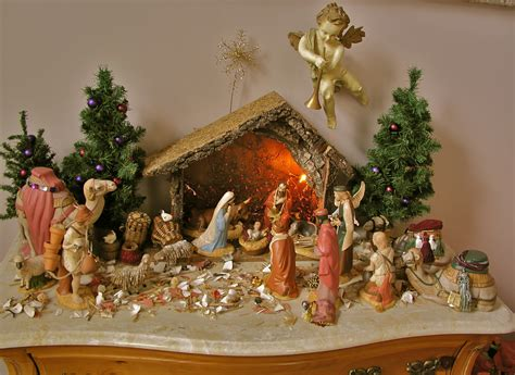 creche nativity christmas decoration set antique appraisal