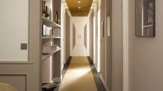idee deco couloir avec escalier 10 d 233 co couloir qui donnent des id 233 es deco cool