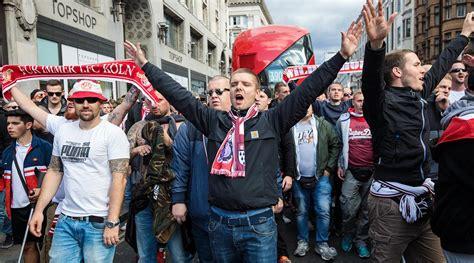 arsenal koln koln fans delay arsenal europa league match video si com