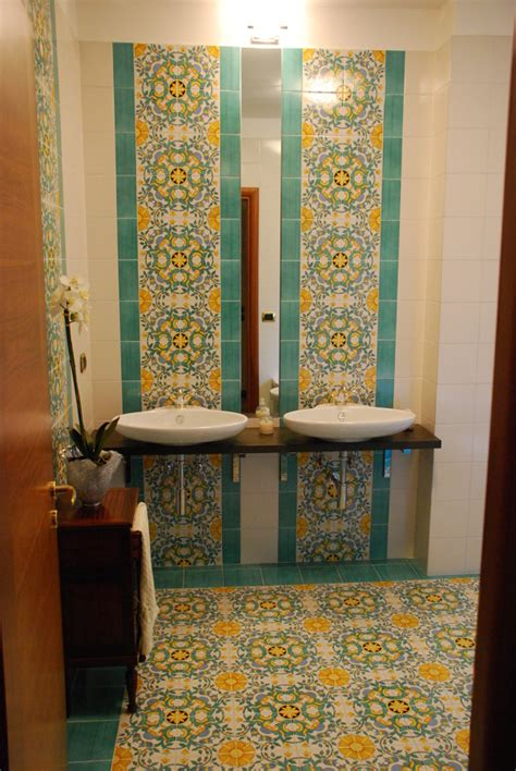 bagni ceramica vietrese bagni in ceramica vietrese tutte le immagini per la