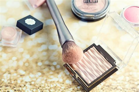 I Lighter Highlighter For The Web by Best Highlighters For Pale Skin Hairspray And Highheels