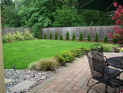 basic backyard landscaping 19 best images about landscaping and outdoor living ideas