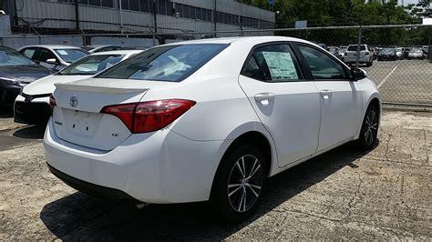 Autocentro Toyota Telefono Toyota Corolla Le Blanco 2017 Para Compra Venta