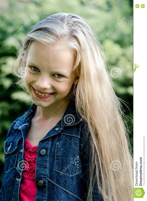 little blond girl models images usseek com portrait of a beautiful blonde little girl with long hair