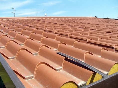 pannelli per tettoie tutti i tipi di pannelli per coperture tetti coibentati