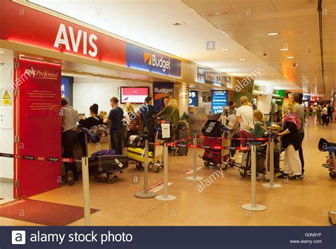 Avis Car Rental Port Elizabeth by Makers Queue At Car Rental Desks Malaga Airport