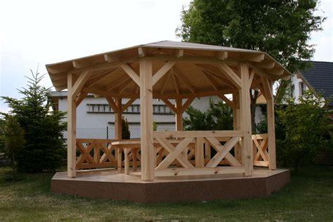 pavillon robinie pavillon aus holz interesting robinie fichte und kiefer
