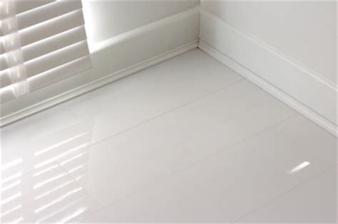 Designer Bathroom Tiles by High Gloss Laminate Flooring Uk Sale White Gloss