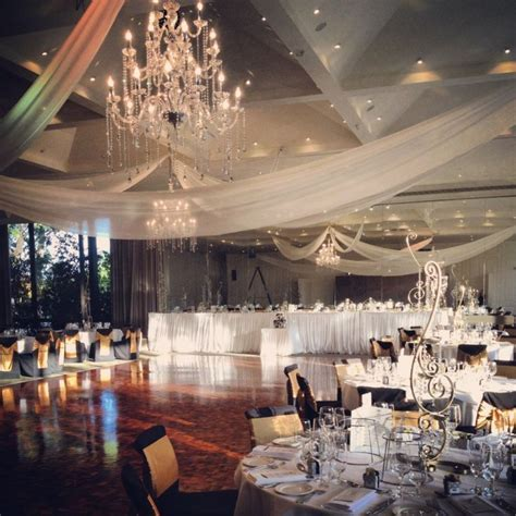 19 best Wedding Venues   Carousel, Albert Park Lake