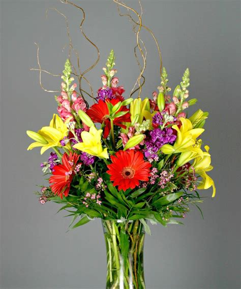 garden arrangements designers choice garden style flower arrangements