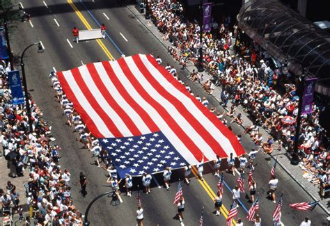 best 4th of july parades america s biggest july 4th