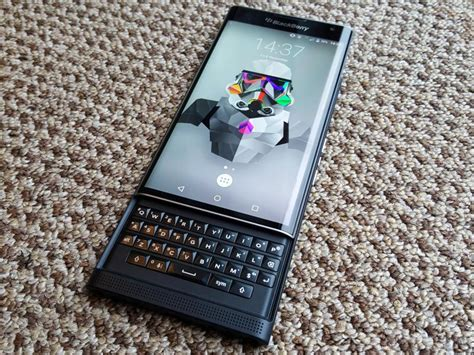 new blackberry phones 2016 blackberry will only release android phones in 2016 stuff