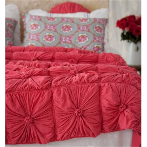 lazybones bedding lazybones bedding rosette quilt in cherry vintage