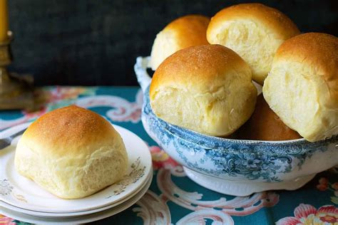 amish dinner rolls recipe king arthur flour