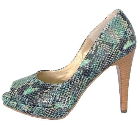 kaiser corva high heel peep toe in turquoise