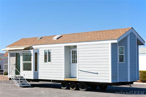 how are mobile homes removed with pictures