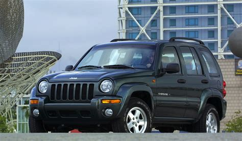 mazda jeep 2002 jeep airbag recall over 900 000 suvs affected worldwide