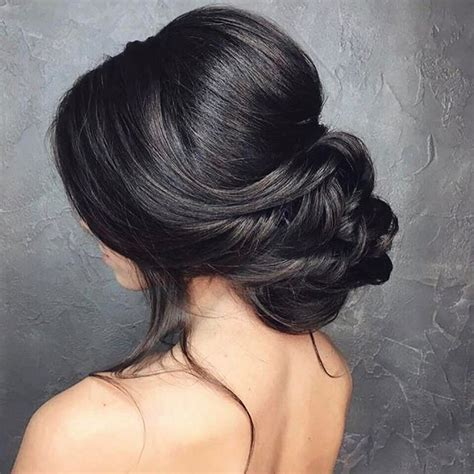 bridal hairstyles low bun with veil low bun wedding hair bridal chignon low updo and chignons