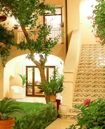 Antico Cortile Caserta by Bed And Breakfast Caserta Bed And Breakfast Caserta L