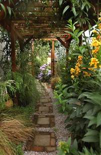 Ideas For My Garden Ideas For Creating Beautiful Useful Side Yards That Work With Any Narrow Garden Oregonlive